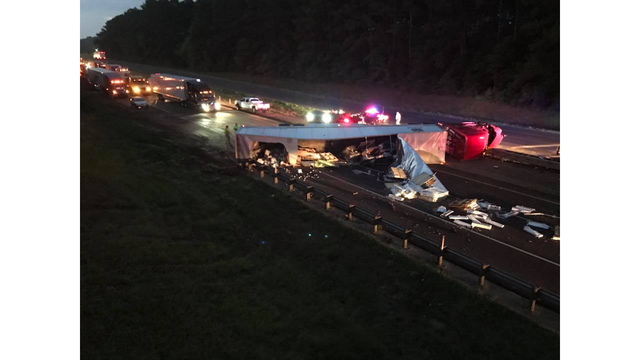 Westbound lanes of I-20 in Marshall blocked after semi crash, cleanup expected to take several hours