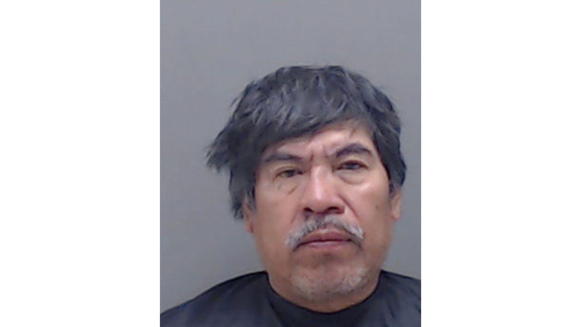 Longview man indicted on charge of hitting another with garden hoe